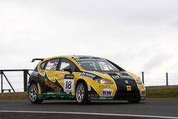 Tiago Monteiro, SEAT Leon 2.0 TDI, SUNRED, Gabriele Tarquini, SEAT Leon 2.0 TDI, Lukoil