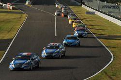 Yvan Muller, Chevrolet Cruz 1.6T, Chevrolet, Robert Huff, Chevrolet Cruze 1.6T, Chevrolet and Robert
