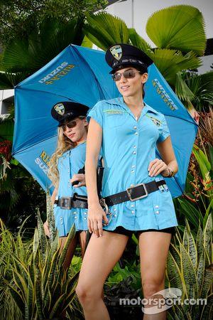 Chicas Rizla+