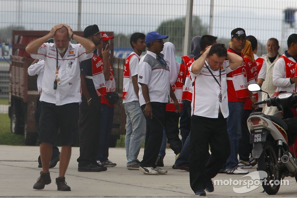 Team Gresini react to the news of Marco Simoncelli's passing
