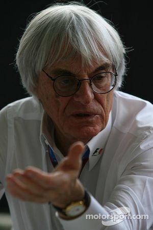 Norbert Haug interview ve Bernie Ecclestone