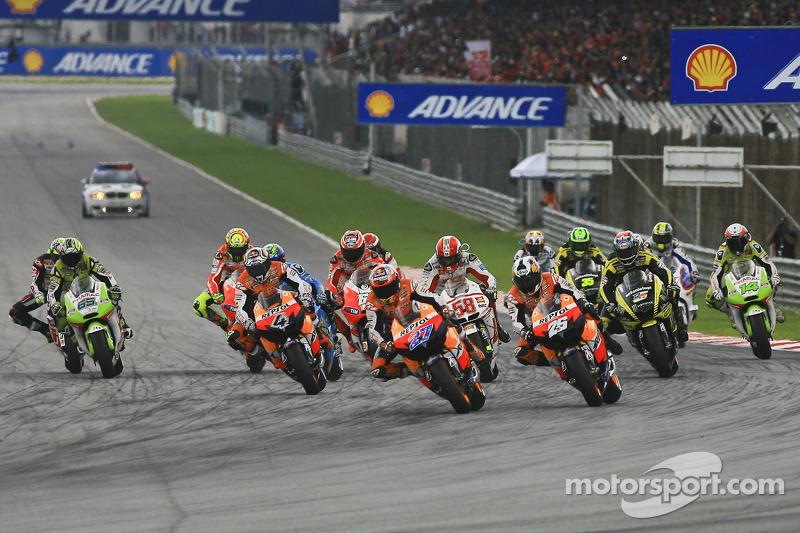 Start MotoGP Malaysia 2011