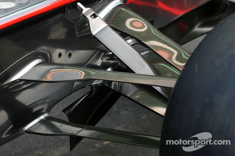 McLaren Mercedes Technical detail font suspension