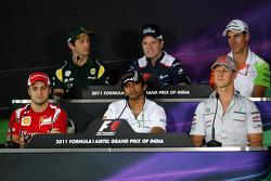 Фелипе Масса, Scuderia Ferrari, Ярно Трулли, Team Lotus, Нараин Картикеян, Hispania Racing F1 Team,