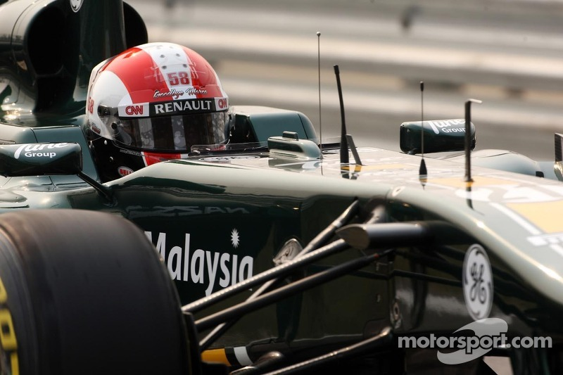 Jarno Trulli, Team Lotus has tribute to Marco Simoncelli on his helmet