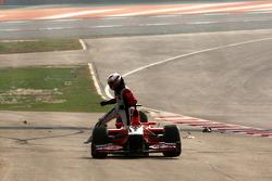 J��r��me d'Ambrosio, Marussia Virgin Racing kaza yapıyor