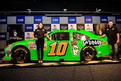 Tony Stewart y Danica Patrick anuncian su participación en el Daytona 500 2012