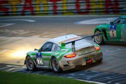 #27 Pinta Racing Porsche GT3 R: Michael Illbruck, Manuel Lauck, Jörg van Ommen, Altfrid Heger