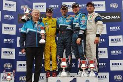 Alain Menu, Chevrolet Cruze 1.6T, Chevrolet race winner, Colin Turkington, Chevrolet Cruze 1.6T, Che