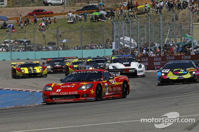 #11 Exim Bank Team China Corvette Z06: Francesco Pastorelli, Yelmer Buurman