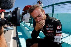 Team Hexis manager Philippe Dumas viert kampioenschap