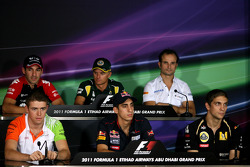 Timo Glock, Virgin Racing, Heikki Kovalainen, Team Lotus, Vitantonio Liuzzi, HRT F1 Team, Paul di Resta, Force India F1 Team, Sebastien Buemi, Scuderia Toro Rosso and Vitaly Petrov, Lotus Renalut F1 Team