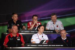 Martin Whitmarsh, McLaren, Chief Executive Officer with Stefano Domenicali Ferrari General Director, Ross Brawn Team Principal, Mercedes GP, John Booth, Saul Ruiz de Marcos and Sir Frank Williams, AT&T Williams, Team Chief, Managing Director, Team Princip