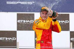 Podium: winnaar Fabio Leimer