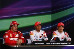 1. Lewis Hamilton, McLaren; 2. Fernando Alonso, Ferrari; 3. Jenson Button, McLaren