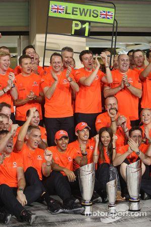 Martin Whitmarsh, McLaren, Chief Executive Officer with Lewis Hamilton, McLaren Mercedes, Jenson Button, McLaren Mercedes and Jessica Michibata girlfriend of Jenson Button