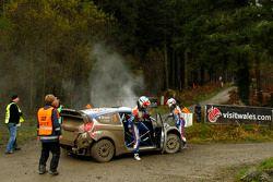 Problemen voor Mikko Hirvonen en Jarmo Lehtinen, Ford Fiesta RS WRC, BP Ford Abu Dhabi World Rally T