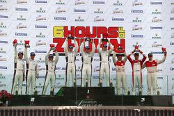 GTC Podium, winnaar #98 Audi Sport C Racing China Audi R8 LMS: Edoardo Mortara, Darryl O'Young, Alex