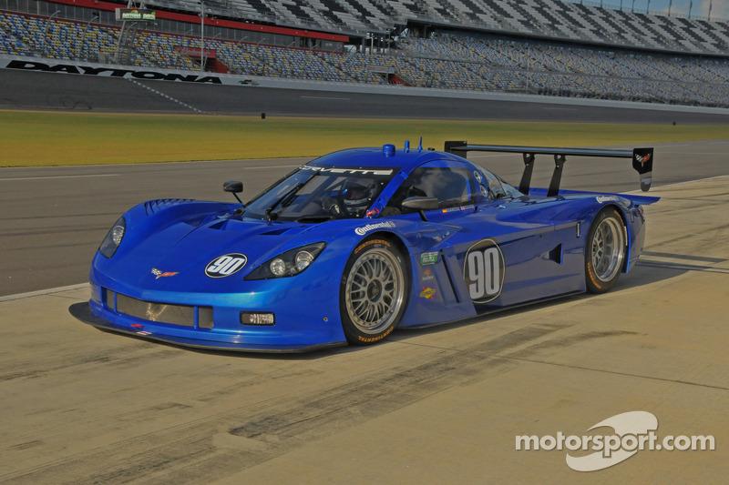 #90 Spirit of Daytona Corvette: Antonio Garcia, Oliver Gavin