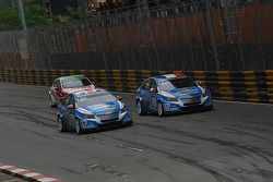 Yvan Muller, Chevrolet Cruz 1.6T, Chevrolet, Robert Huff, Chevrolet Cruze 1.6T, Chevrolet en Gabriel
