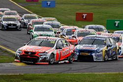 Start: Jamie Whincup leads