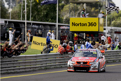 Jamie Whincup takes the win