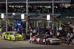 Pit stop for Brad Keselowski, Penske Racing Dodge and Tim Andrews