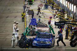 Pit stop for James Buescher, Turner Motorsport Chevrolet and Kevin Harvick, Kevin Harvick Inc. Chevr