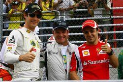 Bruno Senna, Lotus Renault GP met Rubens Barrichello, AT&T Williams en Felipe Massa, Scuderia Ferrar