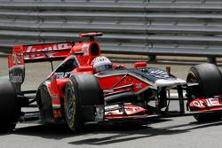 Timo Glock, Virgin Racing loses a wheel exit, pitlane
