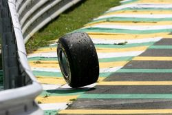 Wheel, Timo Glock, Virgin Racing