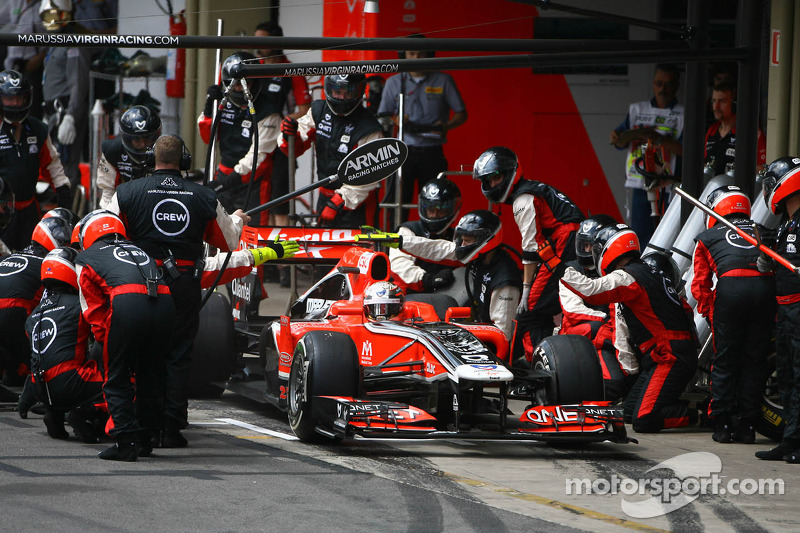 Jérôme d'Ambrosio, Marussia Virgin Racing pit stop