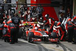 J��r��me d'Ambrosio, Marussia Virgin Racing pit stop