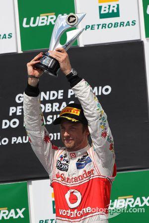 Podio: tercer lugar Jenson Button, McLaren Mercedes