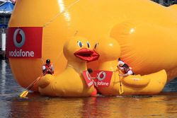 Craig Lowndes and Jamie Whincup in the Vodafone Giant Rubber Duck Race
