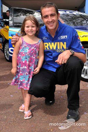 Alex Davison visits the Children's Hospital at Westmead