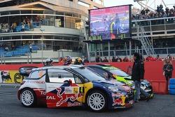 Sébastien Loeb en Severine Loeb met Valentino Rossi en Carlo Cassina
