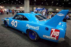 Plymouth Road Runner Superbird NASCAR car