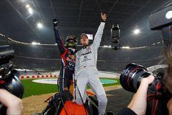Les vainqueurs de la Nations Cup 2011 : Sebastian Vettel et Michael Schumacher