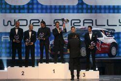 WRC kampioenen Sébastien Loeb en Daniel Elena, 2de, Mikko Hirvonen en Jarmo Lehtinen, 3de Sébastien