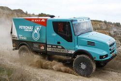 De IVECO trucks van Team de Rooy
