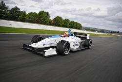 Jules Bianchi prueba el Formulec EF01