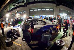 Pit stop for #64 Sponsorcard: Bonk Motorsport BMW M3: Andreas Möntmann, Tim Mullen, Adam Christodoulou, Phil Quaife