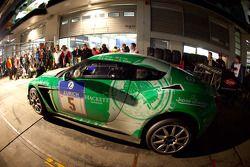 Pitstop #5 Aston Martin V12 Zagato: Christopher Porritt, Richard Meaden, Peter Cate, Oliver Mathai