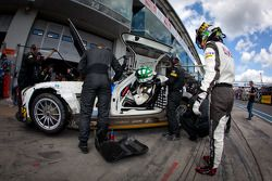 Pit stop for #36 Rowe Racing Mercedes-Benz SLS AMG GT3: Alexander Roloff, Roland Rehfeld, Dominik Schwager, Marco Schelp
