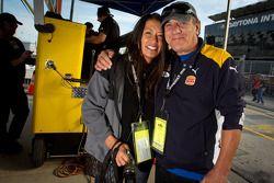 Brian Johnson met vrouw Brenda