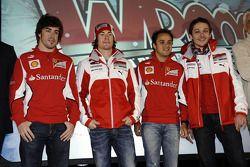 Felipe Massa, Nicky Hayden, Fernando Alonso y Valentino Rossi
