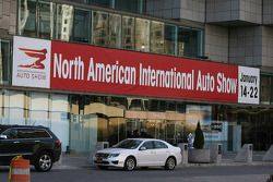 Меджународный североамериканский автосалон в Детройте, день 1.