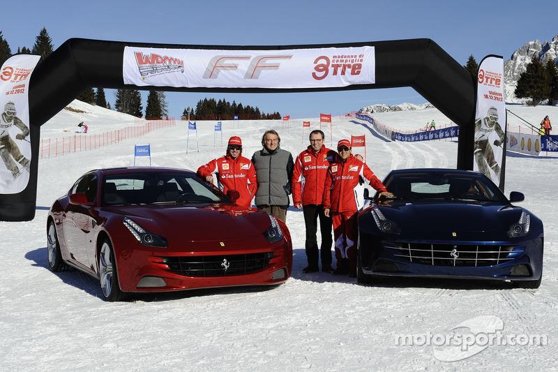 Fernando Alonso, Luca di Montezemolo, Stefano Domenicali ve Felipe Massa present yeni Ferrari FF