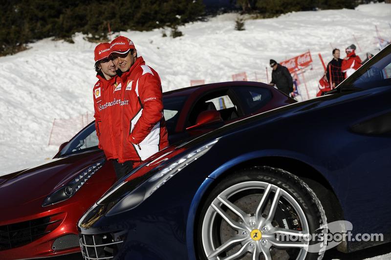 Fernando Alonso en Felipe Massa voorstelling nieuwe Ferrari FF
